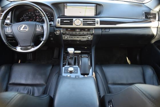 2016 Lexus LS 460
