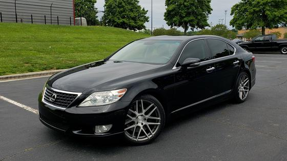 2012 Lexus LS 460:24 car images available