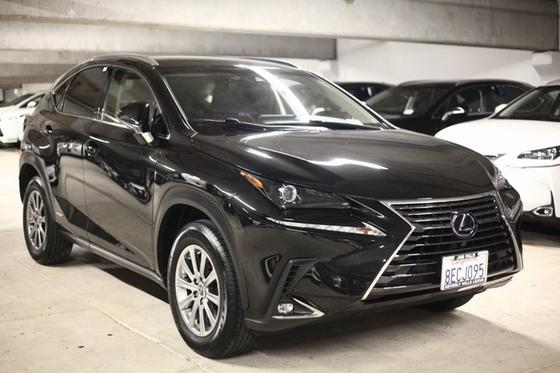 2018 Lexus NX 300h:22 car images available