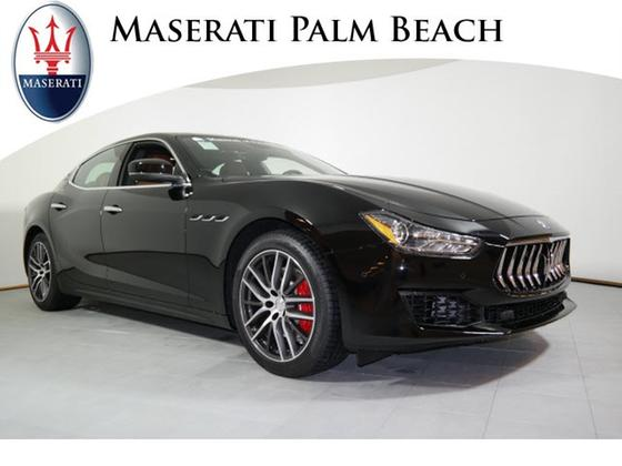 2018 Maserati Ghibli :24 car images available