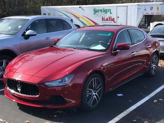 2016 Maserati Ghibli :2 car images available
