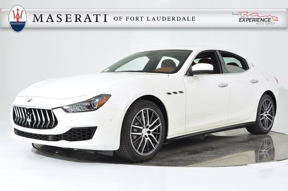 2018 Maserati Ghibli :20 car images available