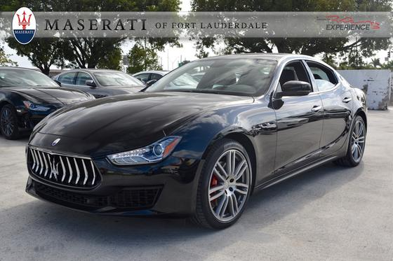 2018 Maserati Ghibli :15 car images available