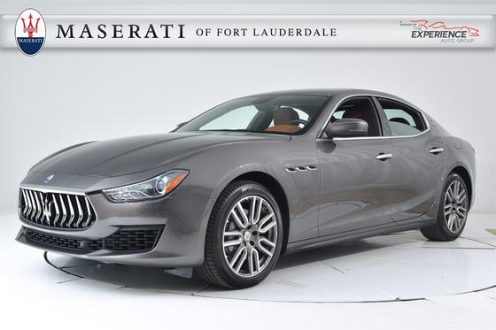 2018 Maserati Ghibli :17 car images available