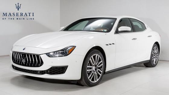 2018 Maserati Ghibli :23 car images available