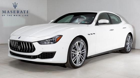 2019 Maserati Ghibli :22 car images available