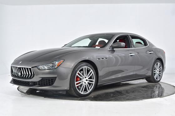 2019 Maserati Ghibli :17 car images available