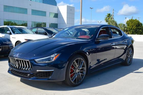 2019 Maserati Ghibli :16 car images available