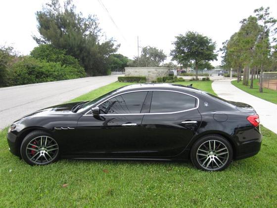 2014 Maserati Ghibli :20 car images available