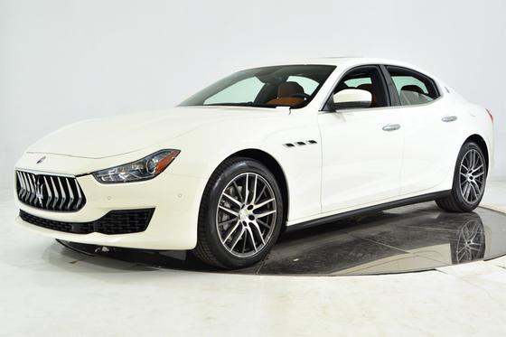 2019 Maserati Ghibli :21 car images available