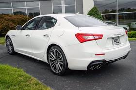 2020 Maserati Ghibli
