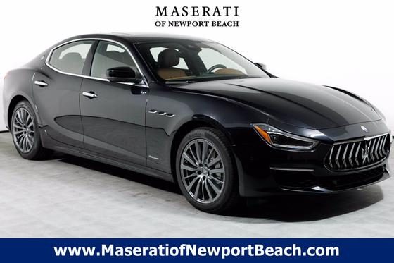 2019 Maserati Ghibli :12 car images available