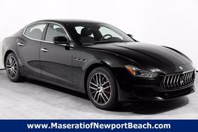 2020 Maserati Ghibli :18 car images available