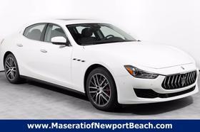 2020 Maserati Ghibli :20 car images available