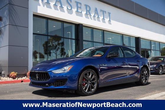2019 Maserati Ghibli :18 car images available