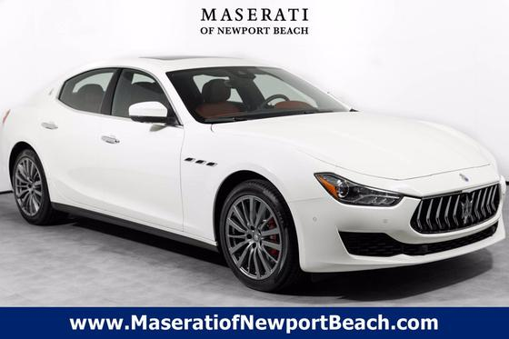 2020 Maserati Ghibli :19 car images available