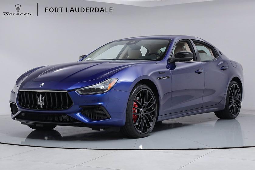 2022 Maserati Ghibli :19 car images available
