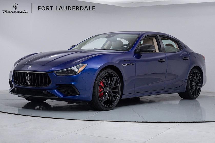 2022 Maserati Ghibli :18 car images available
