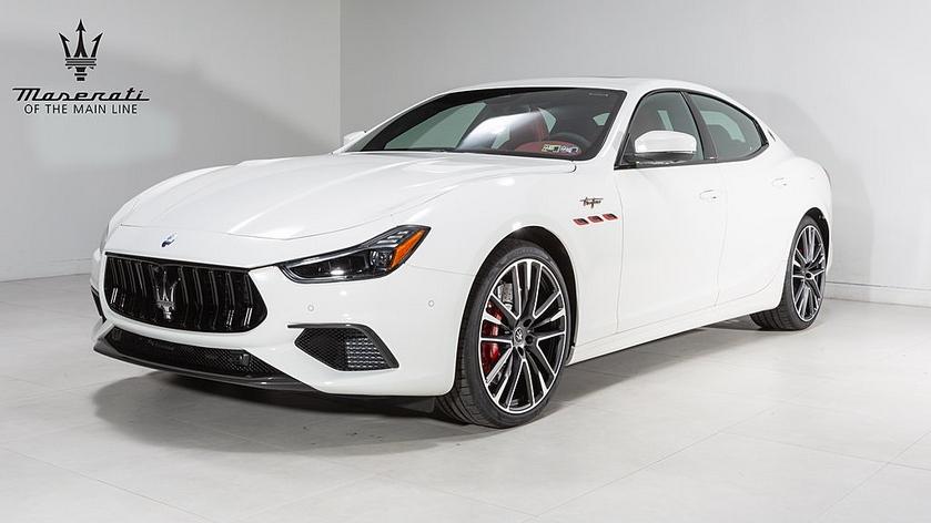 2022 Maserati Ghibli :24 car images available