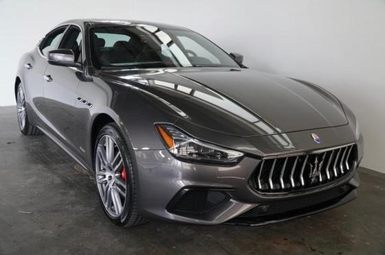 2018 Maserati Ghibli GranSport:24 car images available