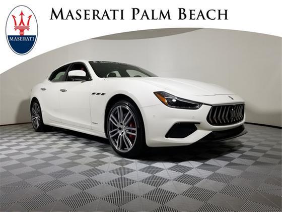 2020 Maserati Ghibli GranSport:24 car images available