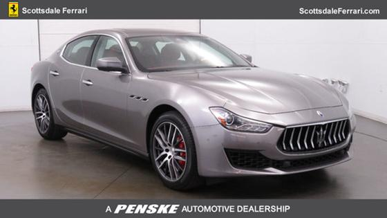 2018 Maserati Ghibli S 3.0L:24 car images available