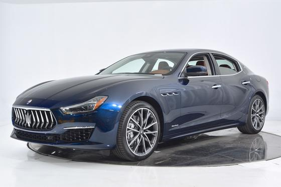 2019 Maserati Ghibli S GranLusso:21 car images available