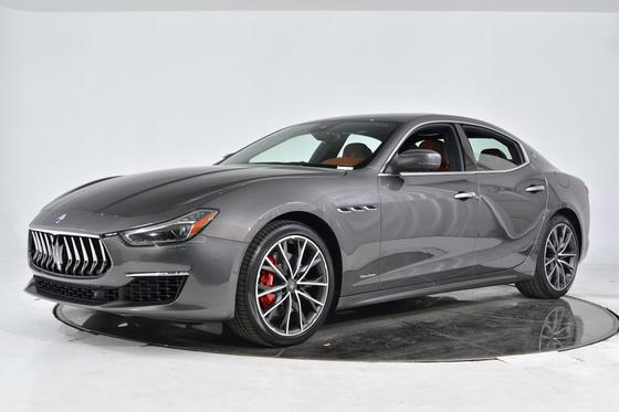 2019 Maserati Ghibli S GranLusso:14 car images available