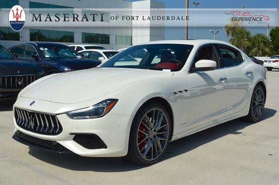 2018 Maserati Ghibli S GranSport:13 car images available