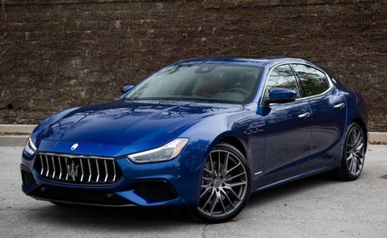 2019 Maserati Ghibli S GranSport:24 car images available