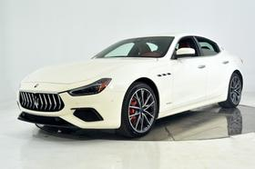 2019 Maserati Ghibli S GranSport:21 car images available