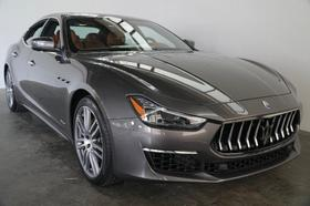 2018 Maserati Ghibli S Q4 GranLusso:24 car images available