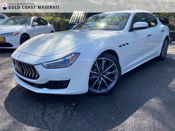 2019 Maserati Ghibli S Q4 GranLusso:24 car images available