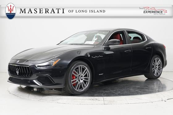 2018 Maserati Ghibli S Q4 GranSport:11 car images available