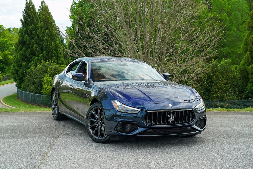 2021 Maserati Ghibli S Q4 GranSport:24 car images available
