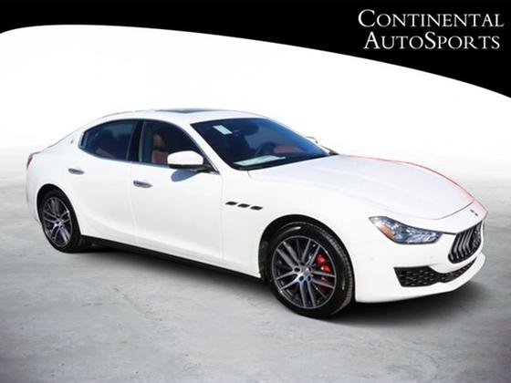 2018 Maserati Ghibli S Q4:22 car images available