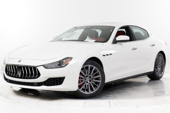 2019 Maserati Ghibli S Q4:15 car images available