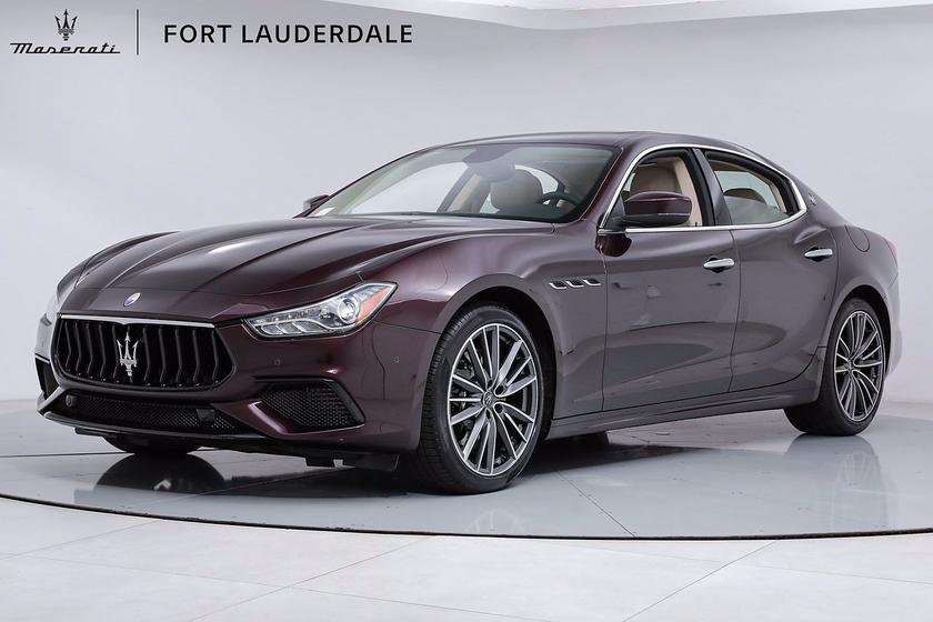 2021 Maserati Ghibli S Q4:18 car images available