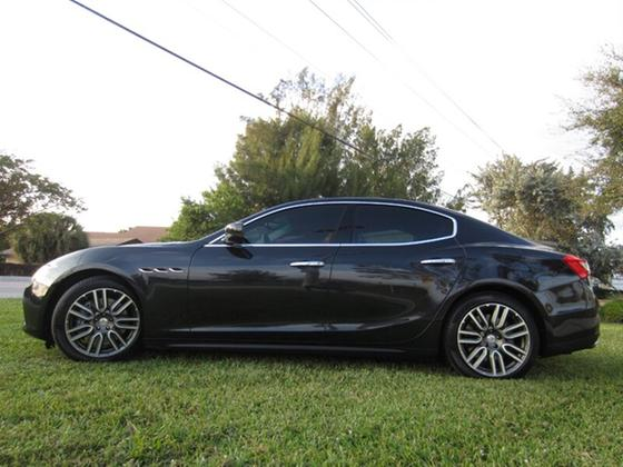 2016 Maserati Ghibli S:18 car images available
