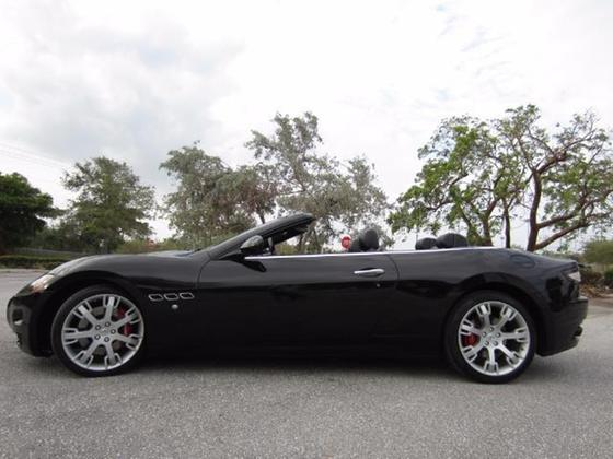 2011 Maserati GranTurismo :23 car images available