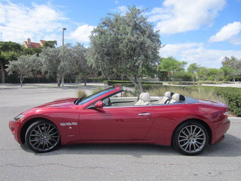 2014 Maserati GranTurismo :24 car images available