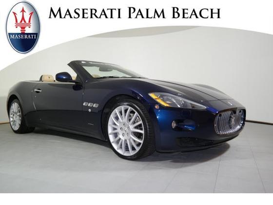 2013 Maserati GranTurismo 4.2:24 car images available