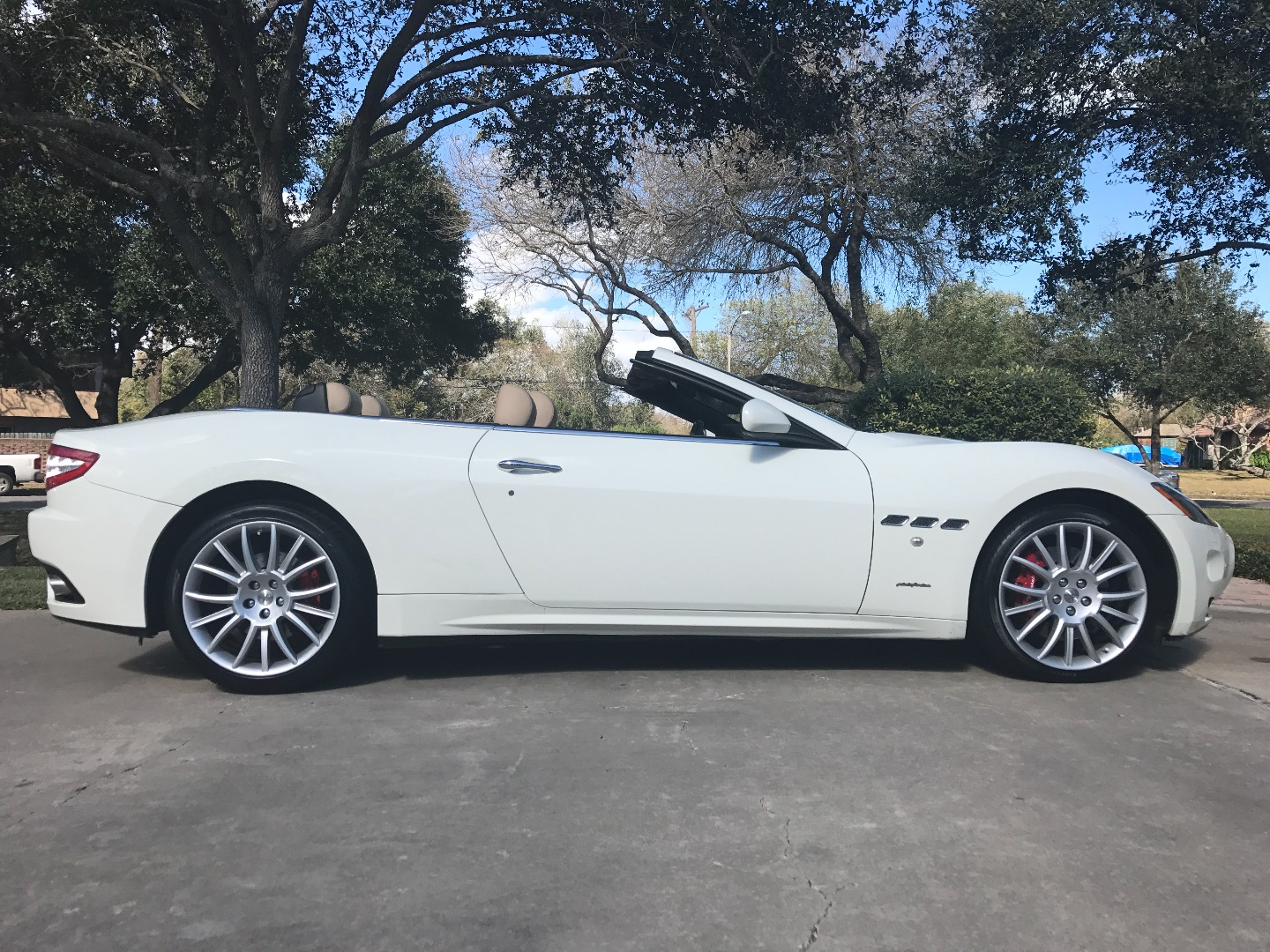 2013 maserati granturismo gt convertible for sale in corpus christi tx global autosports. Black Bedroom Furniture Sets. Home Design Ideas
