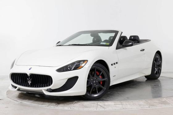 2013 Maserati GranTurismo S Convertible:24 car images available