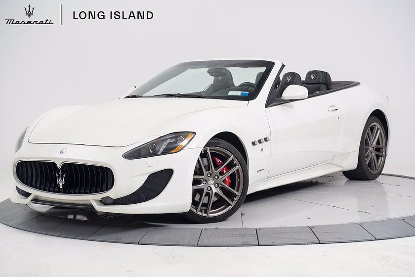 2016 Maserati GranTurismo S Convertible:24 car images available