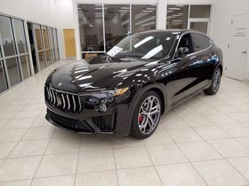 2020 Maserati Levante :2 car images available