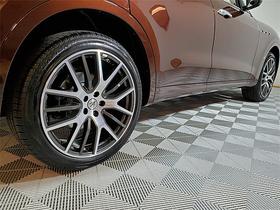 2021 Maserati Levante