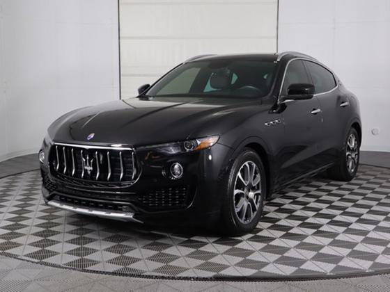 2017 Maserati Levante 3.0L:24 car images available