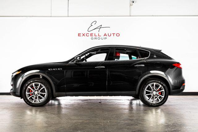 2017 Maserati Levante 3.0L:24 car images available