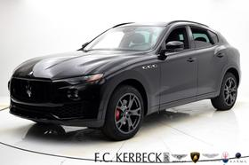 2019 Maserati Levante Nerissimo:24 car images available